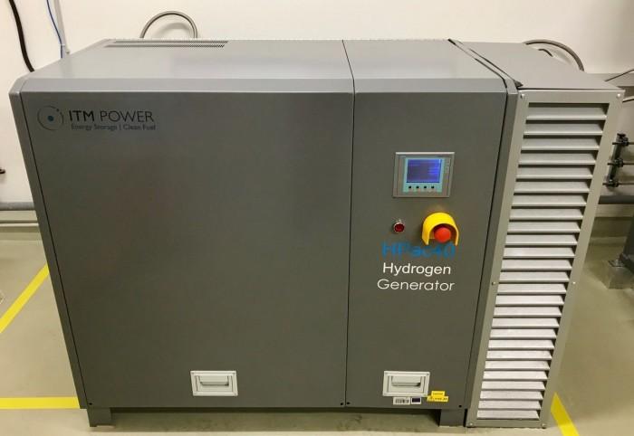 Der Elektrolyseur erzeugt Wasserstoff. (Bild: Monika Rößiger)