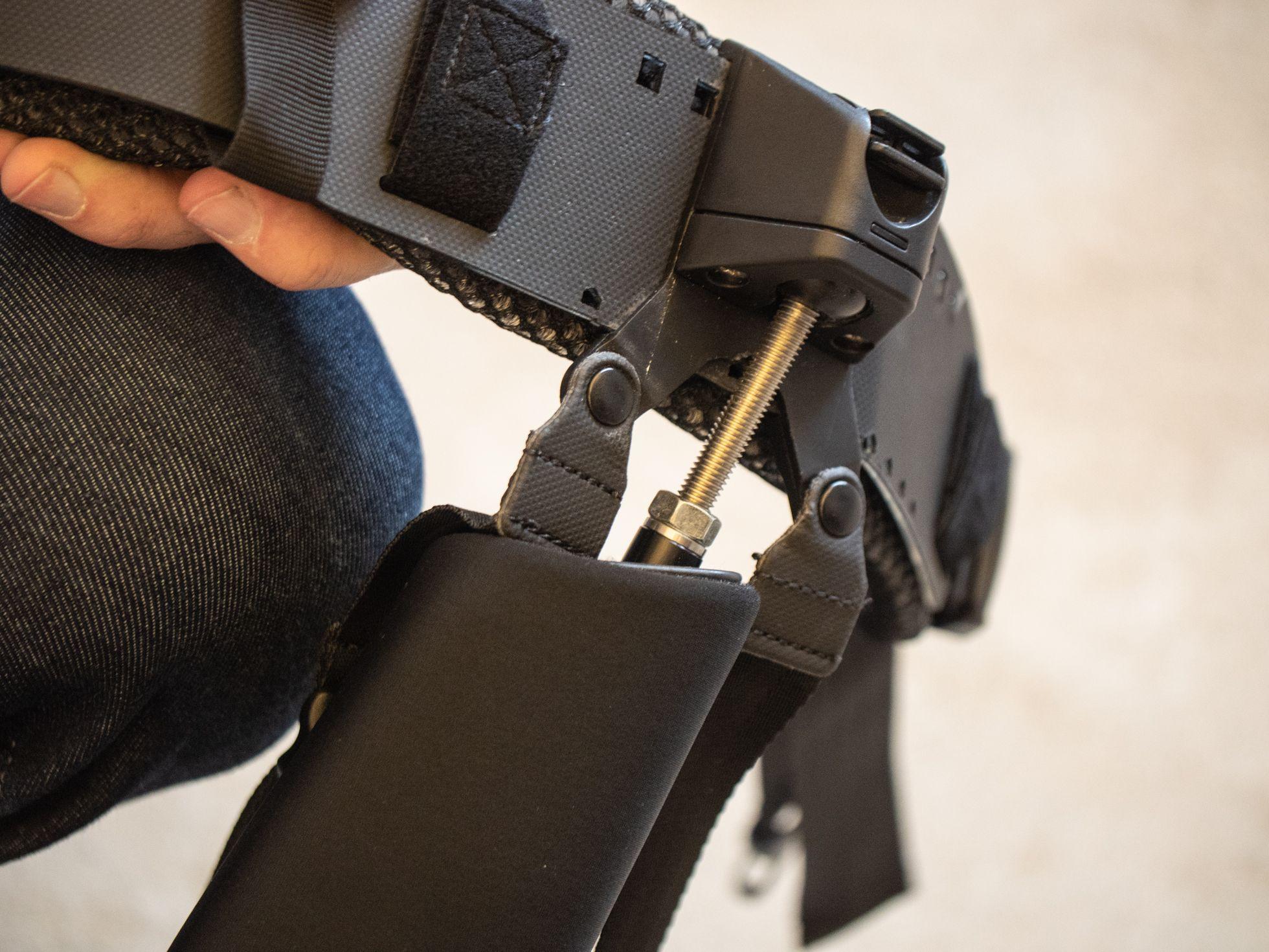 Ottobock: Wie ein Exoskelett die Arbeit erleichtert -