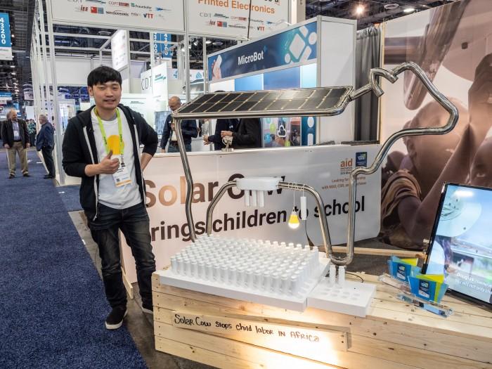 Hyungwoo Chong ist der Designer von Solar Cow. (Bild: Martin Wolf / Golem.de)