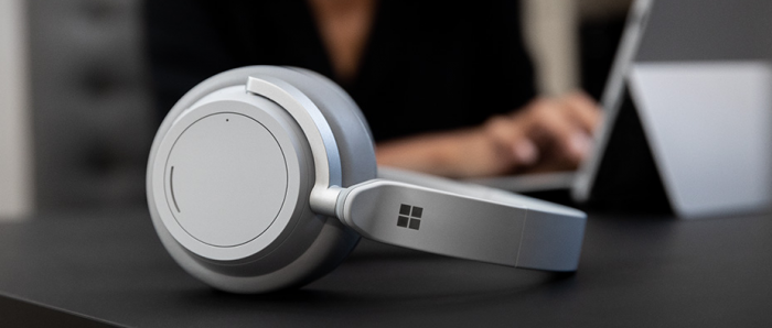 Surface Headphones (Bild: Microsoft)
