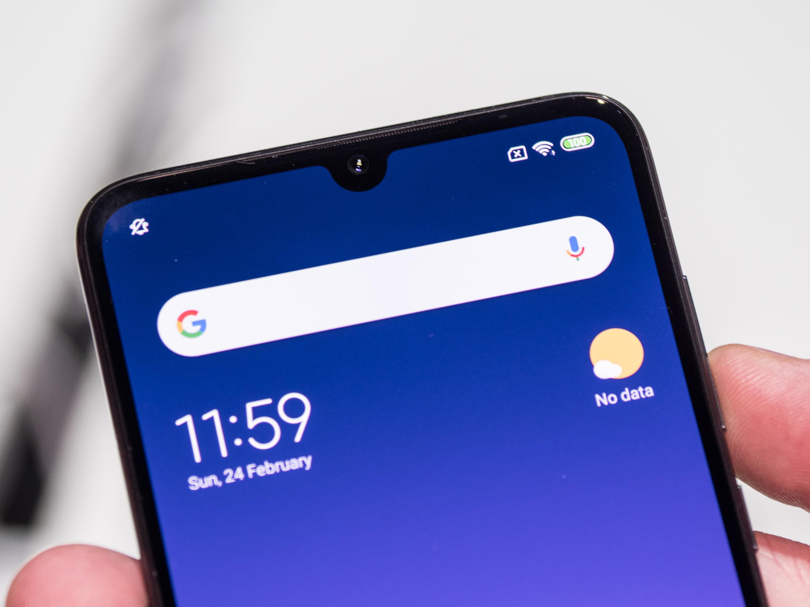 Xiaomi Mi 9 im Hands on: Topsmartphone mit Triple-Kamera für 450 Euro - Xiaomi Mi 9 (Bild: Martin Wolf/Golem.de)