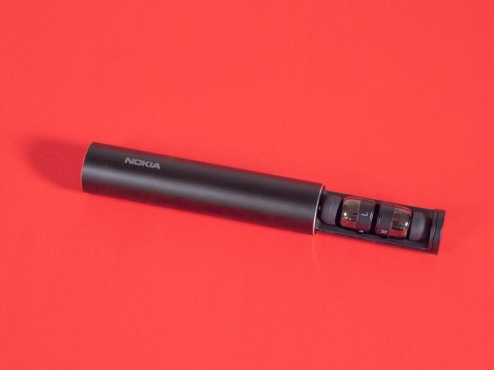 Nokia True Wireless Earbuds BH-705 von HMD Global im Ladeetui (Bild: Martin Wolf/Golem.de)