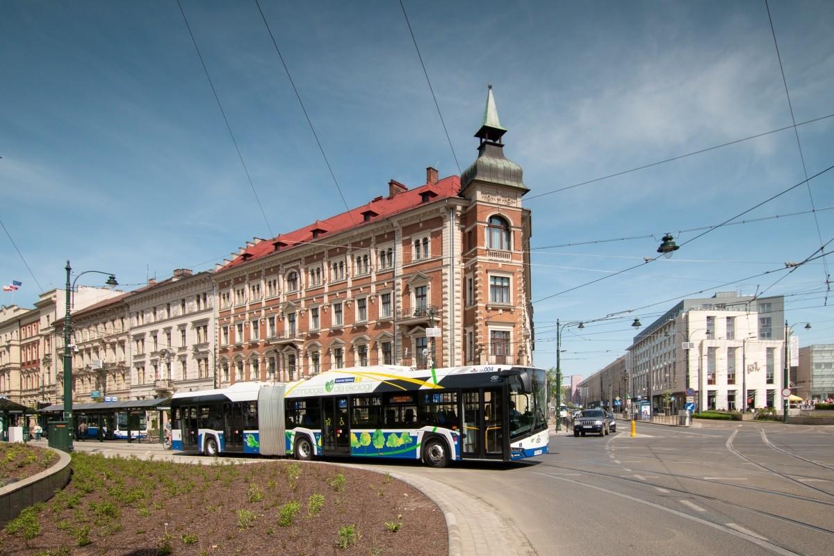 Solaris: Berliner Verkehrsbetriebe schaffen Elektrogelenkbusse an - Urbino 18 Electric (Bild: Solaris)