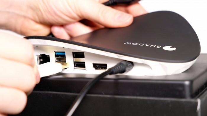 Wichtig: Speichergeräte nur an USB 3.0 anschließen. (Bild: Oliver Nickel/Golem.de)