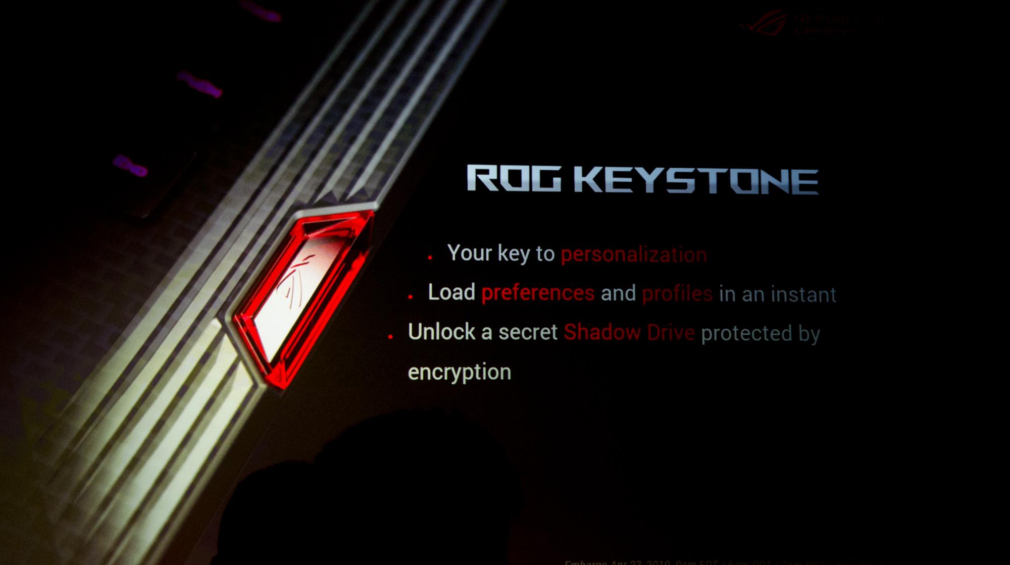 Gaming-Notebooks: Asus ROG mit Core i9 und fixen oder farbstarken Displays -
