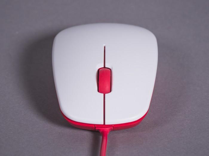 Die Maus ist recht unspektakulär und funktioniert nicht auf allen Oberflächen. (Bild: Björn Jahn/Golem.de)