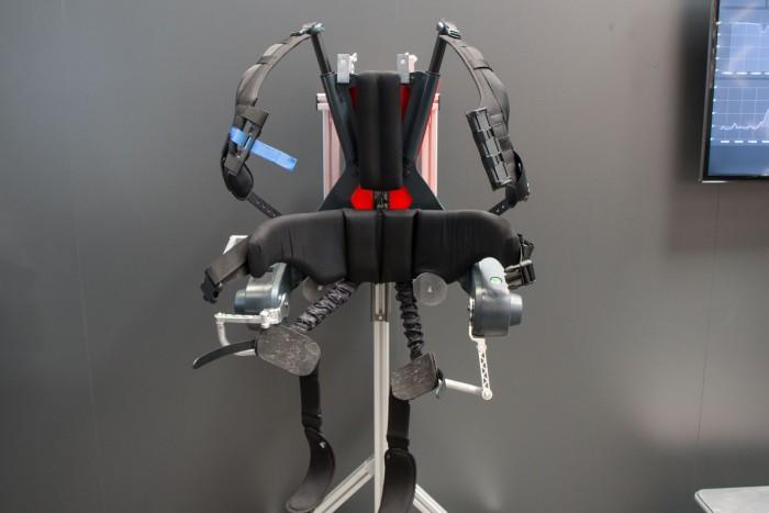 Das aktive Exoskelett Cray X von German Bionic auf der Hannover Messe 2019 (Bild: Werner Pluta/Golem.de)