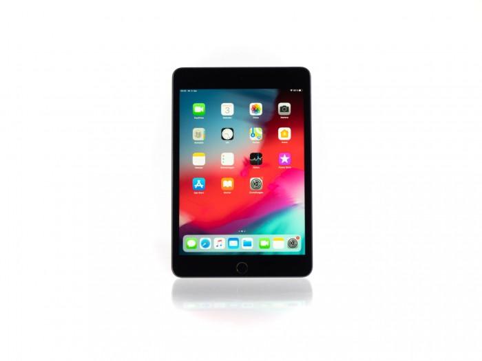 Das neue iPad Mini kommt im alten iPad-Design mit breitem Rahmen und physischem Homebutton. (Bild: Heiko Raschke/Golem.de)