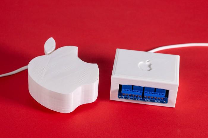 Der Apple Pie zusammen mit dem optionalen Relais-Shield  (Foto: Tobias Költzsch/Golem.de)
