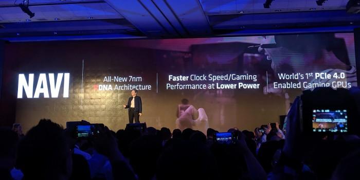 Lisa Su stellt Navi alias Radeon RX 5000 vor. (Bild: Marc Sauter/Golem.de)