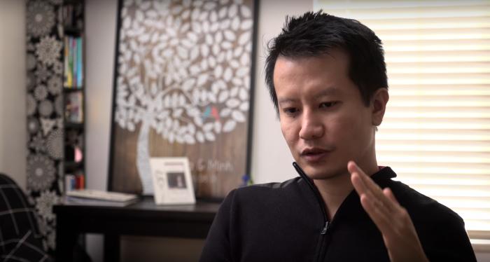 Minh Le ist die treibende Figur hinter dem ursprünglichen Counter-Strike. Er hatte nicht nur die grundlegende Designidee, sondern entwarf auch die Waffen, modellierte die Spielfiguren und schrieb den Programmcode. (Quelle: Valve)