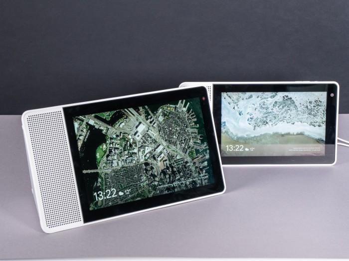 Lenovos Smart Display 10 und dahinter das Smart Display 8 (Bild: Martin Wolf/Golem.de)