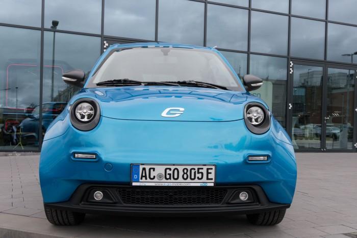 """Ein """"lächelndes"""" Elektroauto: Der e.Go Life ... (Bild: Werner Pluta/Golem.de)"""