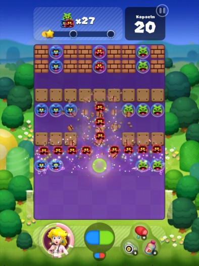 Die frech grinsenden Viren haben bei Pillenangriffen nichts zu lachen! (Bild: Nintendo/Screenshot: Golem.de)
