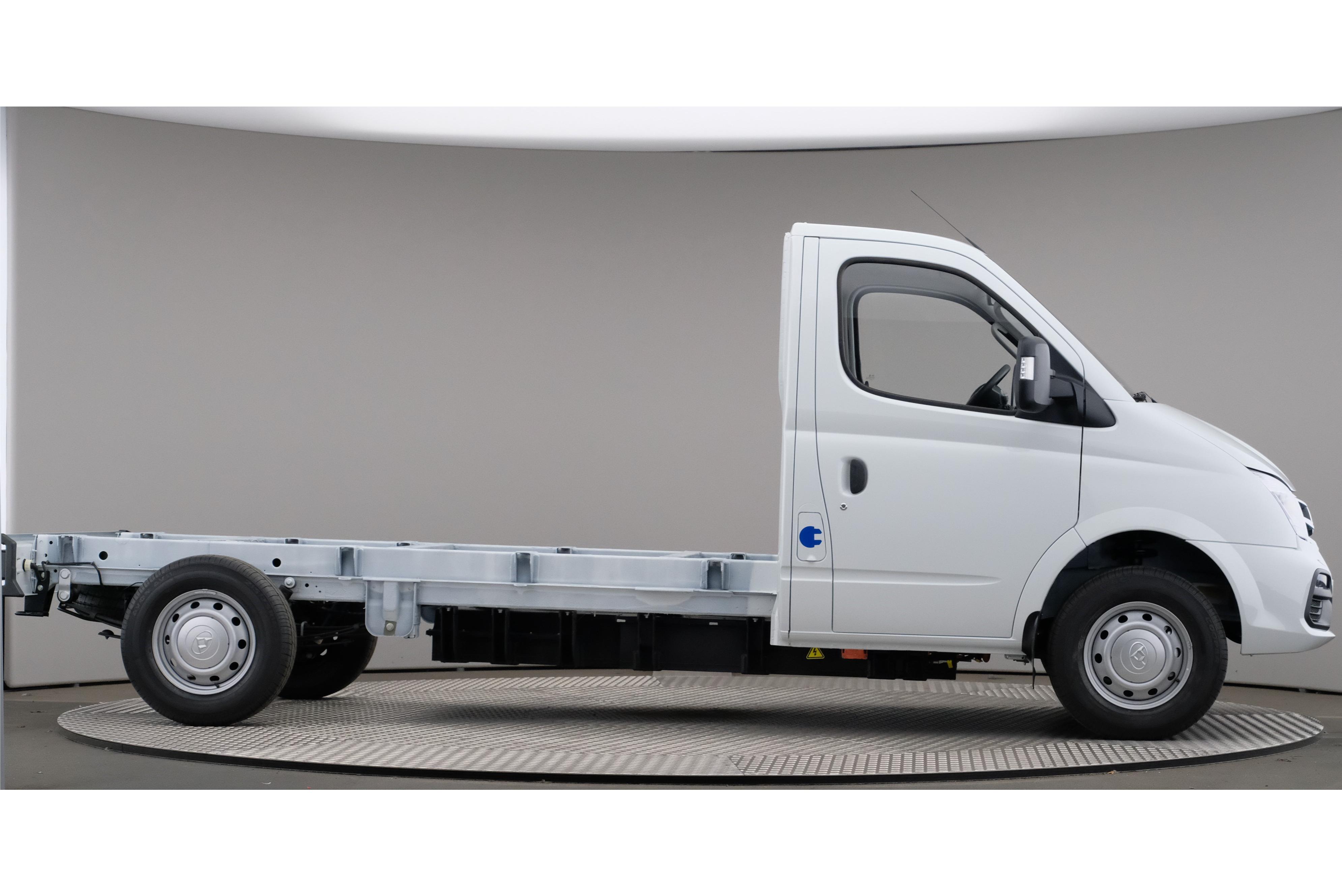 Probefahrt mit Maxus EV80: Der chinesische E-Transporter zum Kampfpreis - Neben zwei geschlossenen Versionen bietet SAIC den Maxus auch als Fahrgestell an.  (Foto: SAIC)