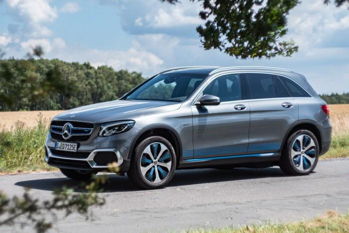 Der Mercedes GLC F-Cell... (Bild: Martin Wolf/Golem.de)