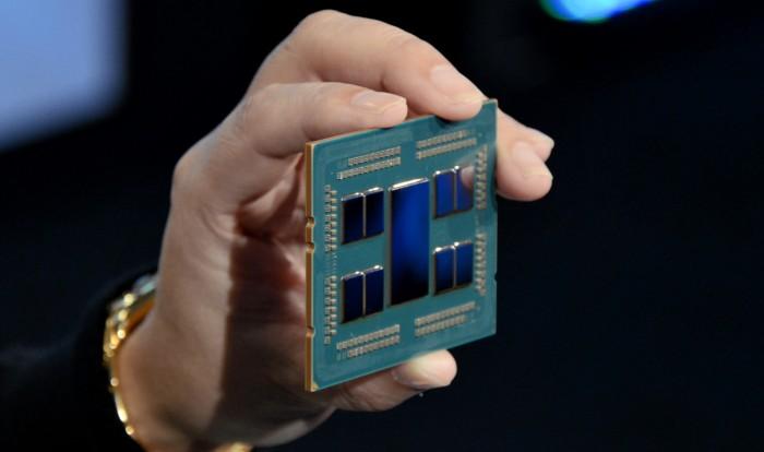 AMDs Rome besteht aus neun Chiplets. (Bild: Nico Ernst)