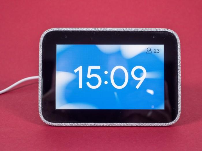 Startbildschirm der Smart Clock (Bild: Martin Wolf/Golem.de)