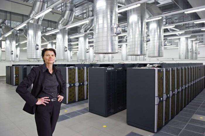 """Die Informatikerin Claudia Eckert ist Mitglied der """"Rates des Cyberweisen""""... (Bild: TUM/Eckert)"""