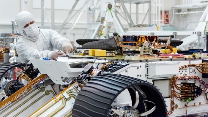 Mars-Helikopter auf dem Rover Mars 2020 (Bild: Nasa/JPL-Caltech)