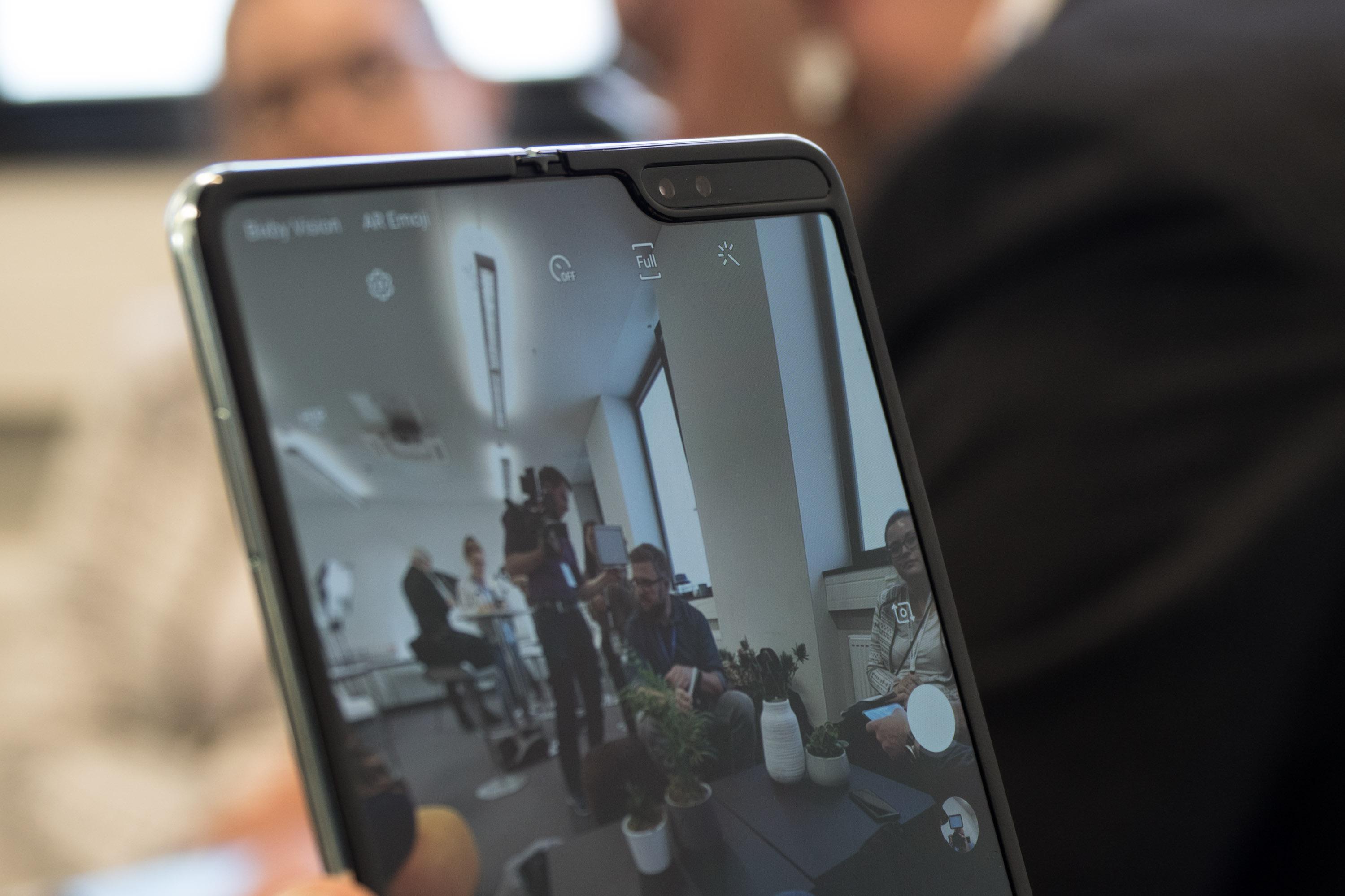 Galaxy Fold im Hands on: Samsung hat sein faltbares Smartphone gerettet -