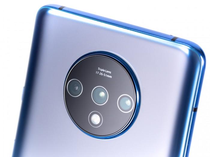 Technisch gesehen entspricht die Kamera der des Oneplus 7 Pro. (Bild: Martin Wolf/Golem.de)