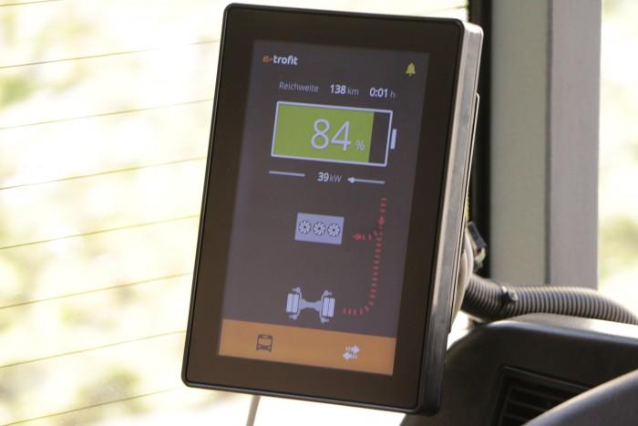 Lediglich ein zusätzliche Display mit den elektrischen Verbrauchsdaten ist angebracht worden. (Foto: Friedhelm Greis)