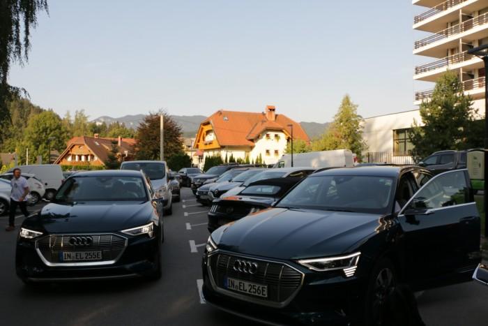 Los ging es morgens um kurz vor 9 Uhr im slowenischen Touristenort Bled. (Foto: Friedhelm Greis/Golem.de)