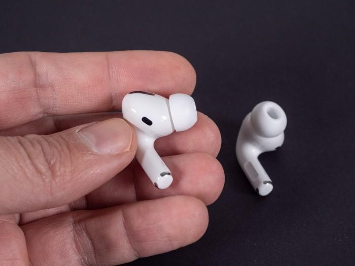 Apples Airpods Pro (Bild: Martin Wolf/Golem.de)
