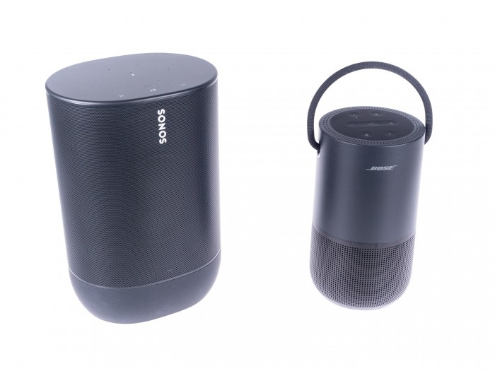 Der Move ist viel größer als der Portable Home Speaker. (Bild: Martin Wolf/Golem.de)