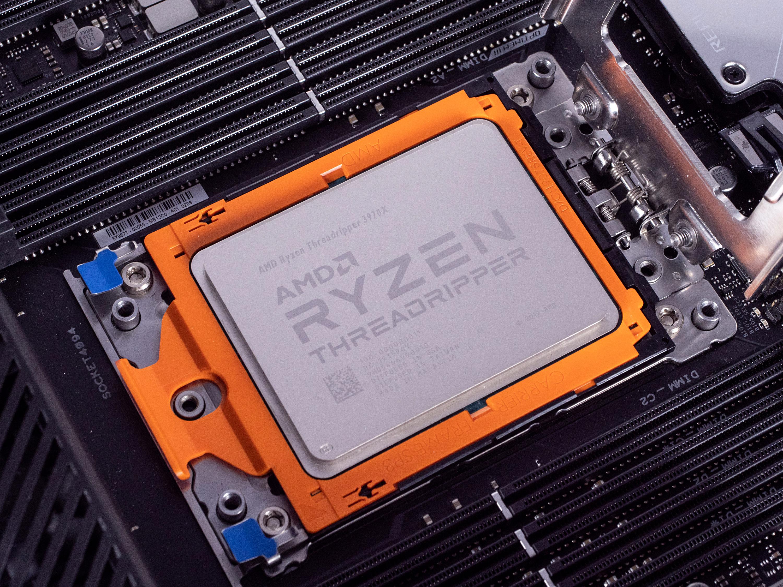 Threadripper 3970X/3960X im Test: AMD wird uneinholbar - Threadripper 3970X (Bild: Marc Sauter/Golem.de)