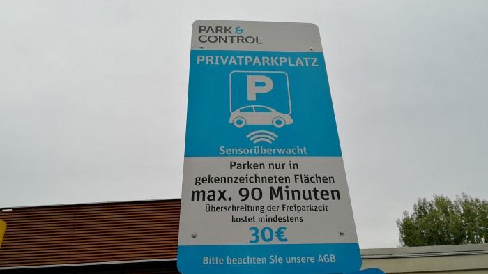 Smart City System aus Nürnberg stattet bereits viele Parkplätze in Deutschland mit den Sensoren aus. (Foto: Friedhelm Greis/Golem.de)