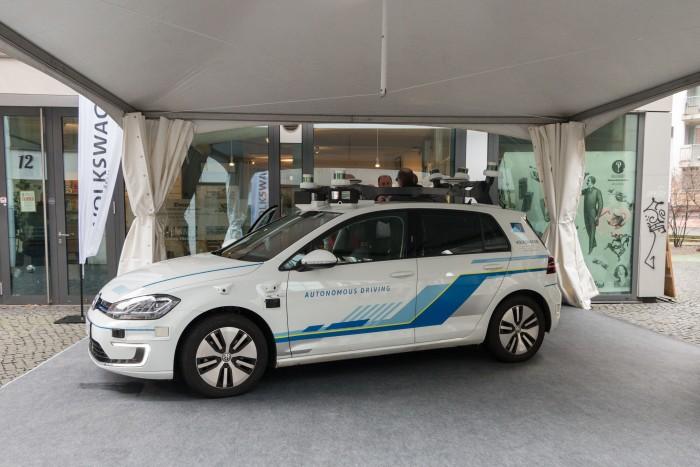 E-Golf, den VW für hochautomatisiertes Fahren ausgestattet hat. (Foto: Werner Pluta/Golem.de)