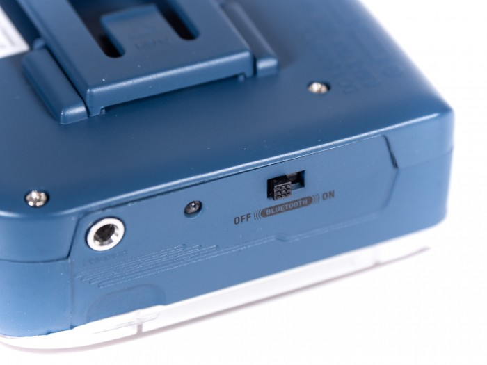 Der It's OK hat einen eingebauten Bluetooth-Transmitter, der gut funktioniert. (Bild: Martin Wolf/Golem.de)