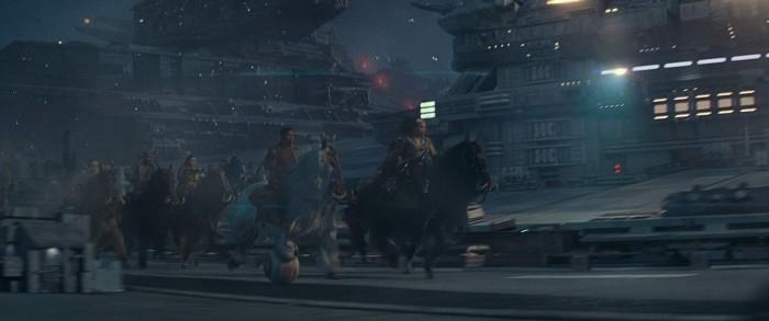 Warum Raumschiffe mit Raumschiffen bekämpfen, wenn man Pferde hat? (Bild: Disney/Lucasfilm)