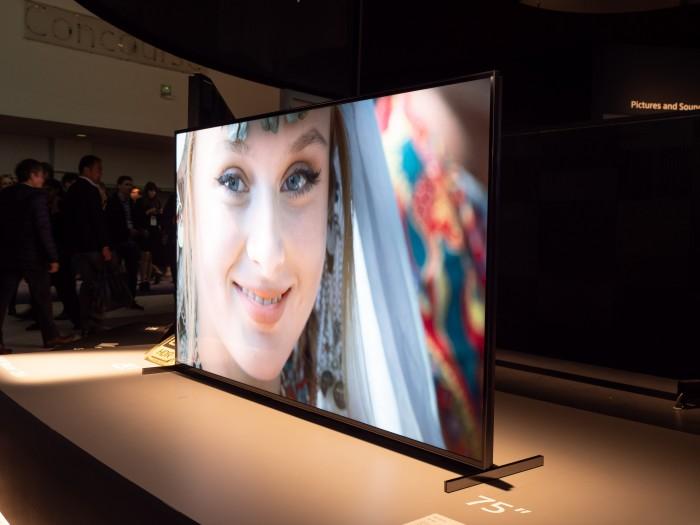 Der Z8H ist Sonys neuer 8K-Fernseher. (Bild: Martin Wolf/Golem.de)