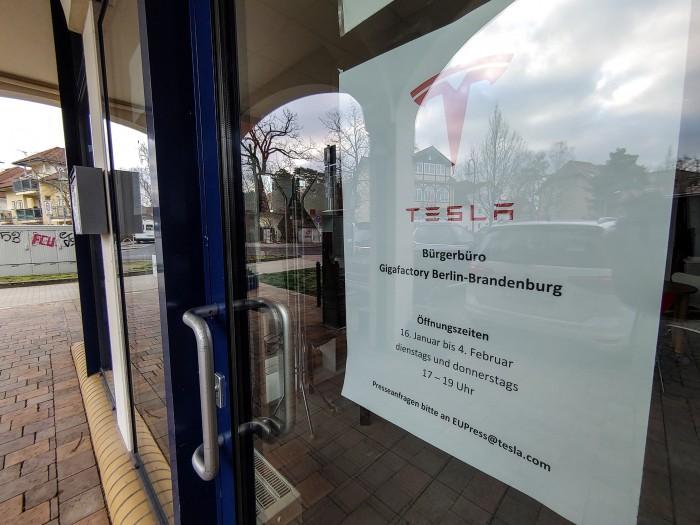 Tesla hat eigens ein Bürgerbüro bis Anfang Februar 2020 eingerichtet. (Foto: Martin Wolf/Golem.de)