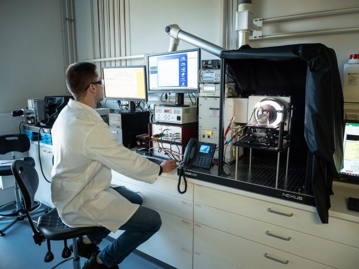 Der Aufbau zum Test eines Zelldesigns (Bild: Martin Wolf/Golem.de)