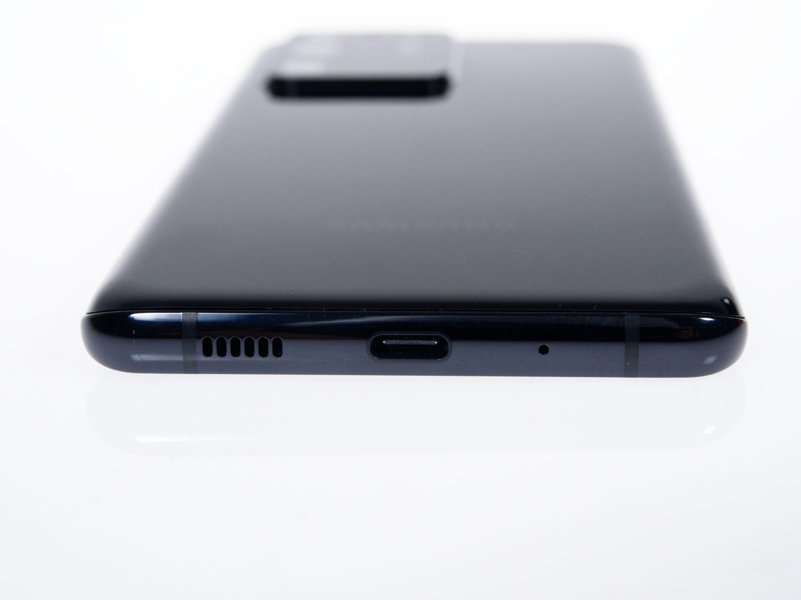 Galaxy S20 Ultra im Test: Samsung beherrscht den eigenen Kamerasensor nicht - Im Inneren des Galaxy S20 Ultra stecken ein 108-Megapixel-Sensor sowie das Exynos-990-SoC. (Bild: Daniel Pook/Golem.de)