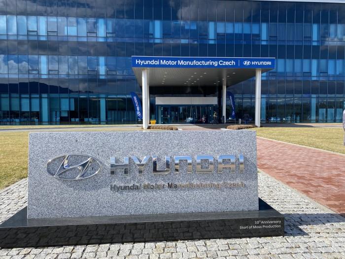 Das Hyundai-Werk in Nosovice ist seit zwölf Jahren in Betrieb und ist somit eine der modernsten Autofabriken in Europa. (Bild: Dirk Kunde)