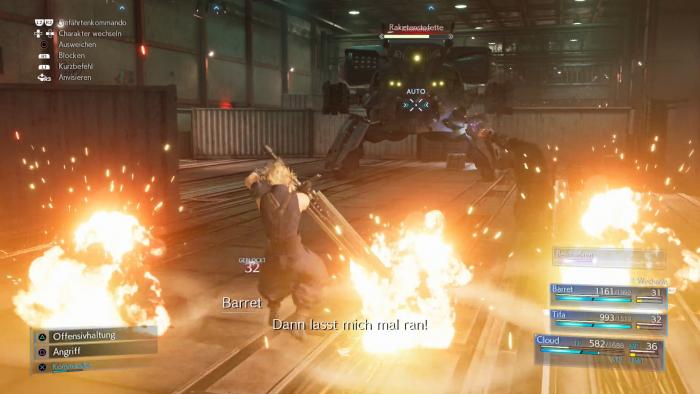 Cloud kämpft gegen einen der vielen Oberbosse. (Bild: Square Enix/Screenshot: Golem.de)