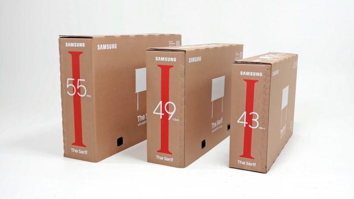 Die neuen Samsung-Kartons haben ein feines Punktmuster, mit dessen Hilfe sie zugeschnitten werden können. (Bild: Samsung)
