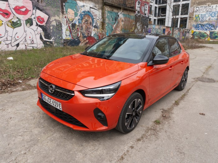 """Der neue Opel Corsa-e soll ein Elektroauto """"für alle"""" sein. (Foto: Daniel Pook/Golem.de)"""