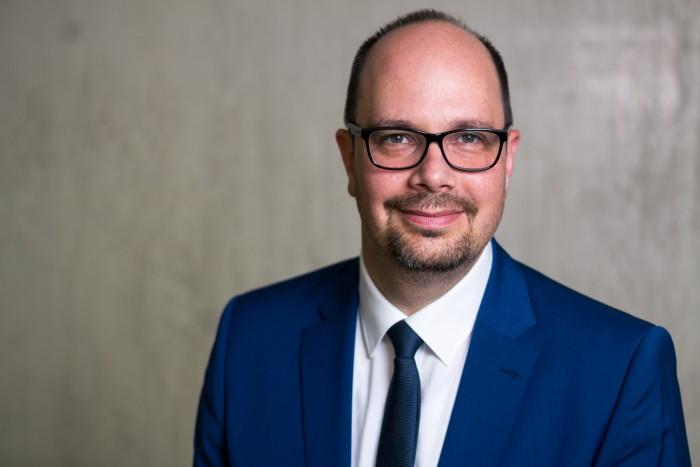 Patrick Büch ist als Vice President Products vor allem für die längerfristige Strategie zuständig. (Bild: FNT)