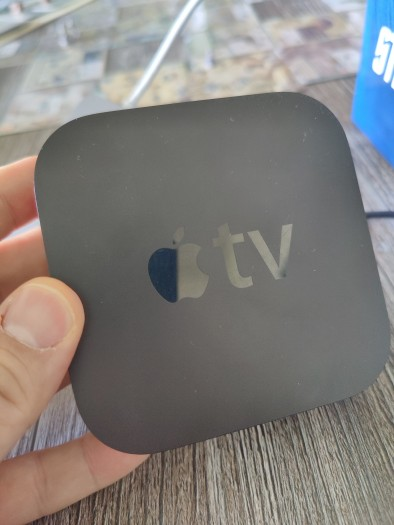 So sieht der Apple TV normalerweise aus. (Bild: Tobias Költzsch/Golem.de)