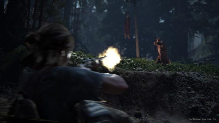 Die Gegner einer feindlichen Sekte kämpfen mit Pfeil und Bogen. (Bild: Sony)