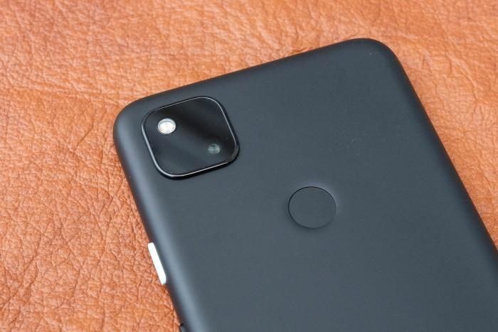 Bei der Kamera handelt es sich um das gleiche Modell, das beim Pixel 4 als Hauptkamera verwendet wird. (Bild: Tobias Költzsch/Golem.de)