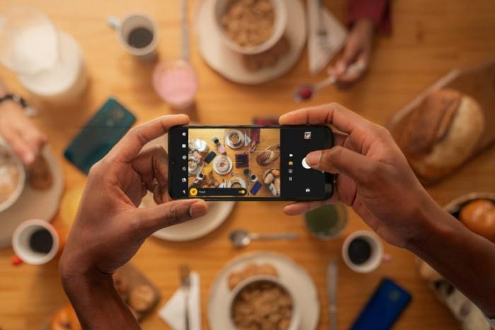 Das Moto G9 Play (Bild: Motorola)