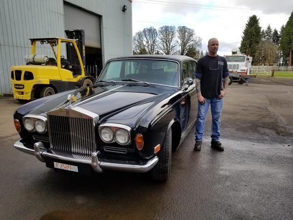 Der umgebbaute Rolls-Royce Silver Shadow (Bild: shiftev.com)