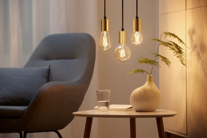 Wiz-WLAN-Lampen im Filament-Design (Bild: Signify)